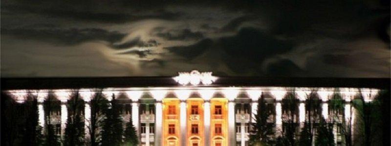 09-55263e692fa10-gubernator_dnepropetrovshtiny_rekomenduet_yuzhmash