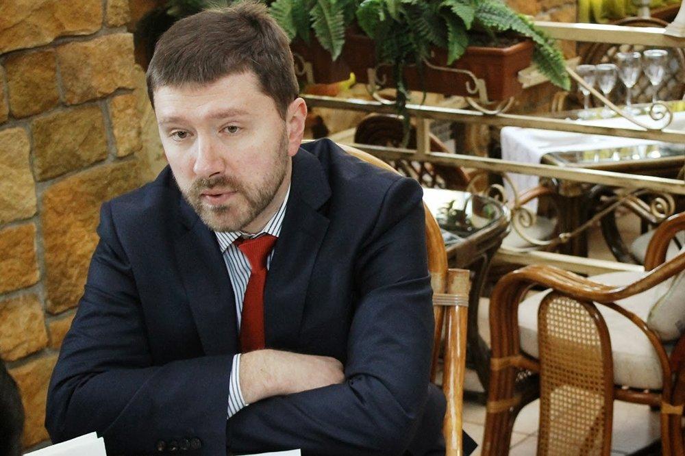 В ходе бизнес-завтрака с корреспондентами Latifundist.com (январь, 2014). Старший советник по вопросам прессы, этики и PR-стратегий в Лондоне и Киеве Европейского банка реконструкции и развития