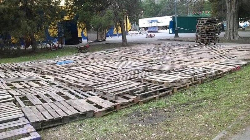 цирк кобзов в парке глобы-3n