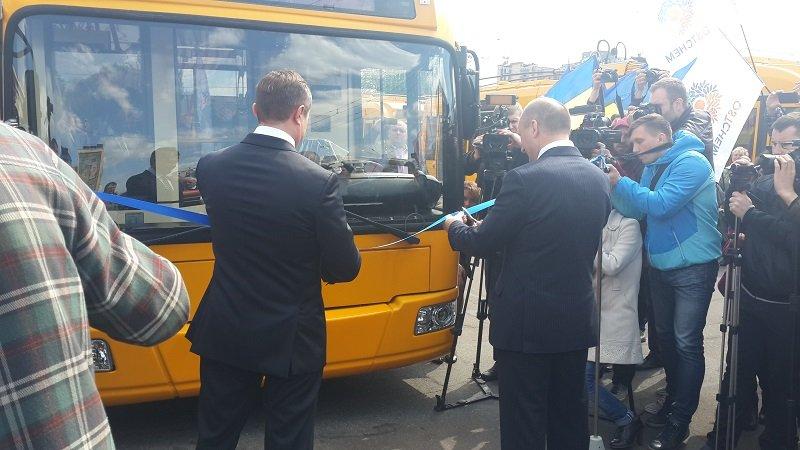Троллейбусы выезжают на улицы Черкасс