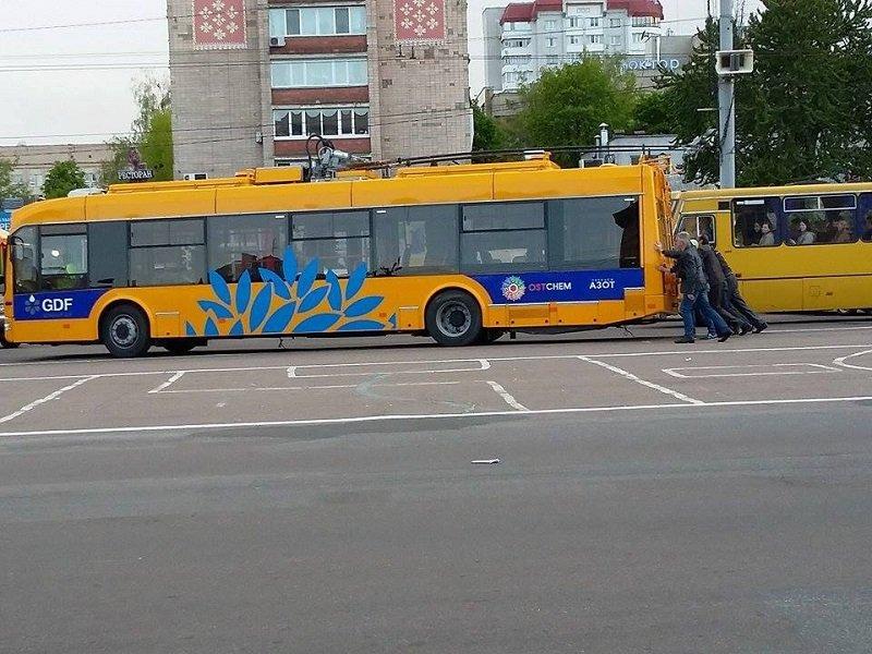 Нові автобуси для Черкас не їздять