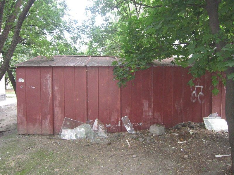 Незаконный гараж