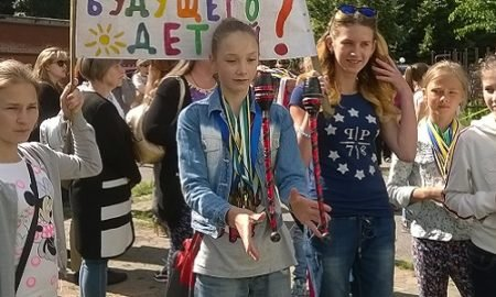 школа гимнастики в Днепре под угрозой