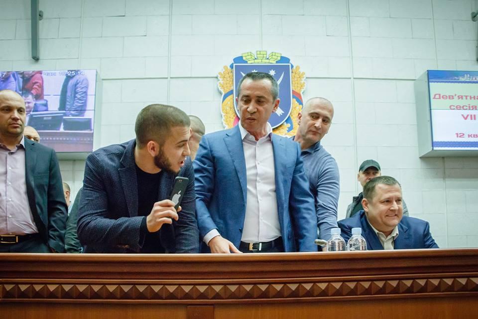 10 депутатов горсовета Днепра могут потерять мандаты   Информатор Деньги