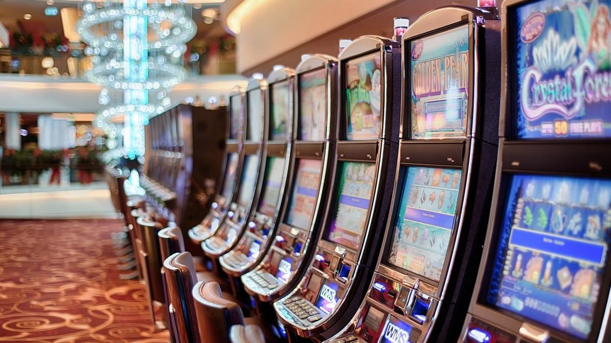 Игровые автоматы закрытие куда обращаться майнкрафт прятки играть на карте играть