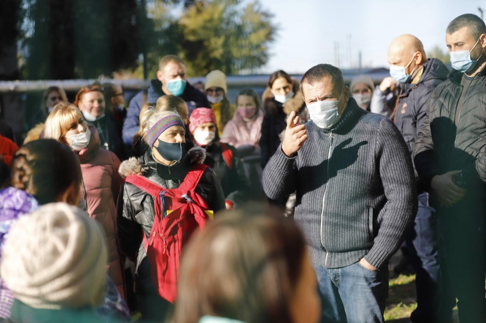 На каждой встрече, жители Днепра высказывают поддержку Борису Филатову